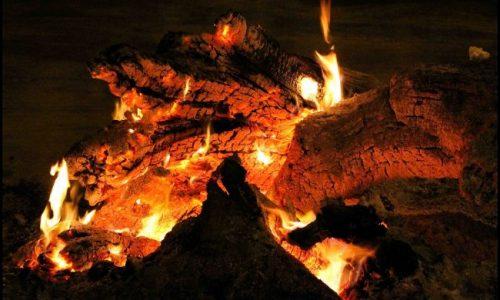 La 'Vigilia di Natale' il Cilento si illumina al chiaror delle fòcare