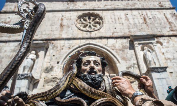 Cocullo, San Domenico e la 'festa dei serpari'