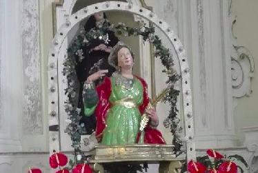 Magliano Vetere, Santa Lucia e il pellegrinaggio al suggestivo Santuario rupestre