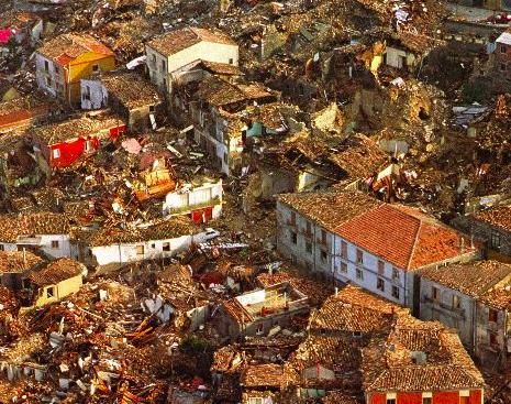 23 novembre 1980 - Teora (foto wikipedia)