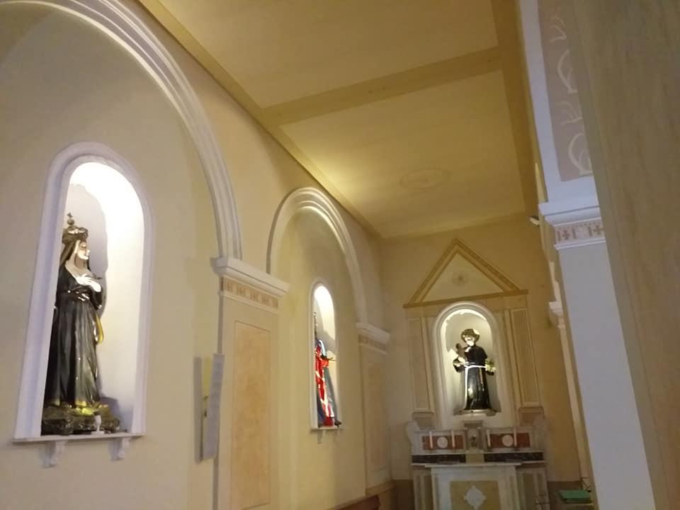 Ostigliano, navata della chiesa
